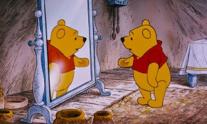 Winnie-the-Pooh-is-talking-to-his-reflection-in-his-mirror